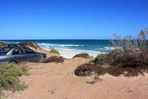 South of Port Gibbon - Drive-in sand dune